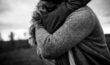 couple-engagement-fiancailles-amour-mariage-naturel-moement-instant-albi-tarn-occitanie-05